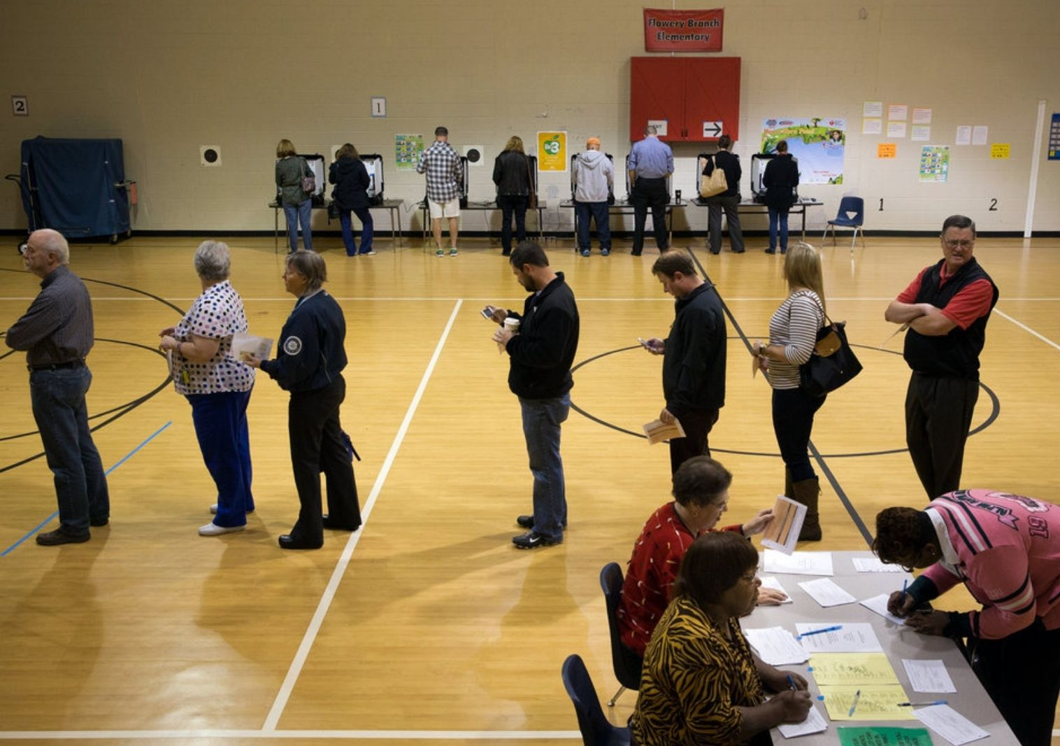 voting line in a gym